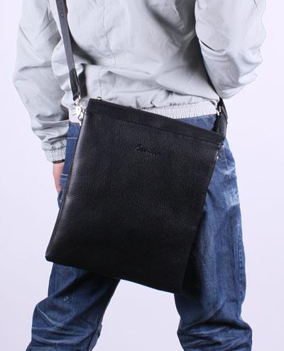 мужская сумочка для документов.