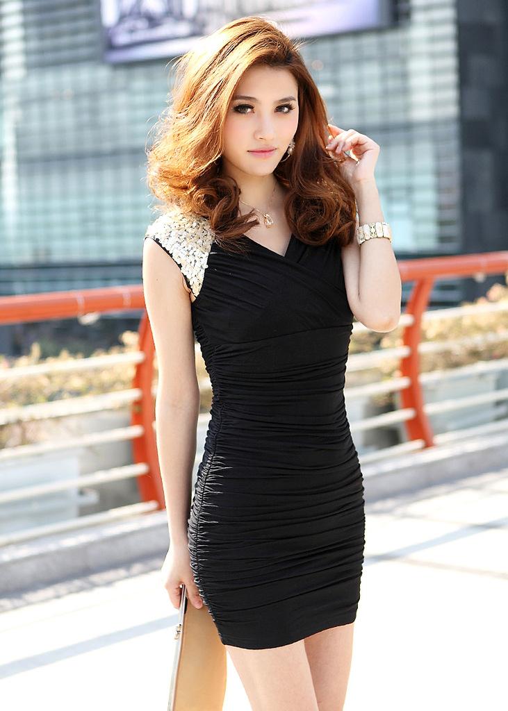платье черное в пол на выпускной - Сумки.